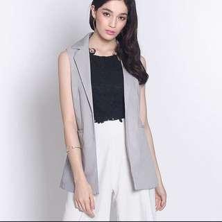 Fayth Stateland vest in grey