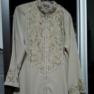 Blouses & Long Dresses/Jubah**