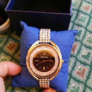 Swarovzki watch