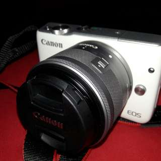 Canon M10 RM 1600