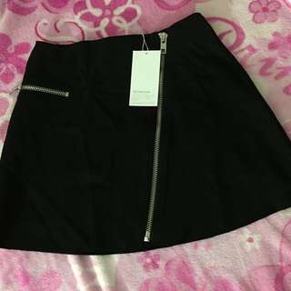 Zara zip skirt! BRAND NEW