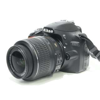 Nikon D3200 DSLR with 18-55mm Kit Lens