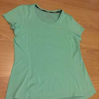 Authentic NIKE dry-fit Shirt