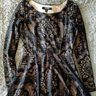 Ever New Patterned Lace Dress