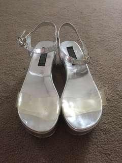 Silver flatforms