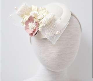 Gold duchess hat