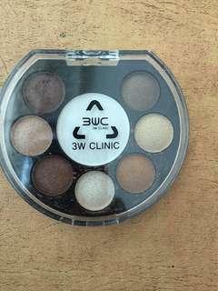3w Clinic eyeshadow, eyebrow, blush in one