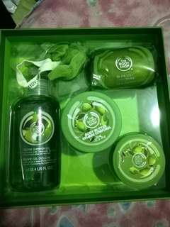 [Reprice!!! ] The body shop gift set
