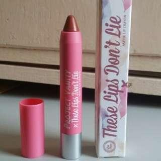 Matte lip crayon