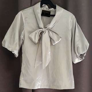 Ensembles Silver Bow Top