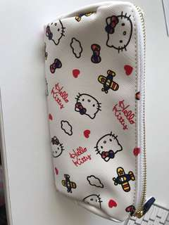 Hello Kitty SQ cosmetic pouch