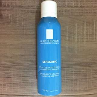 La Roche-Posay spray oil and acne