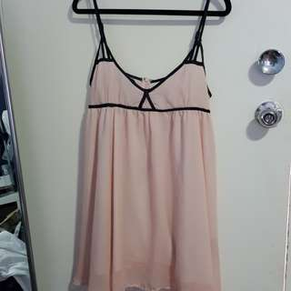 Pink flowy dress sz Medium