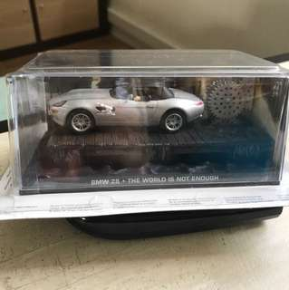 James Bond - BMW Z8 - The world is not enough