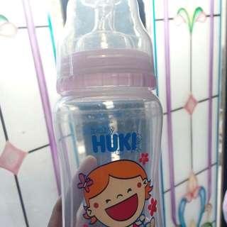 Botol bayi merk huki