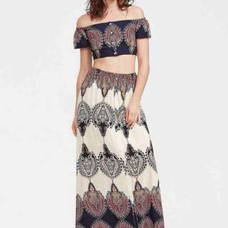 Crop Top + Maxi Skirt Terno
