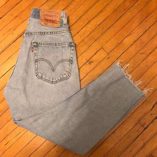 !vintage reworked levis lightwash mom jeans