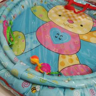 Baby playmat / playgym