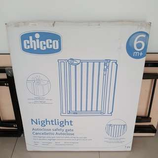 Chicco Baby Safety Gate