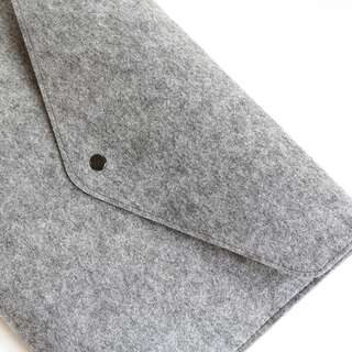 INSTOCK: Grey Felt Sleeve Macbook Laptop Sleeve