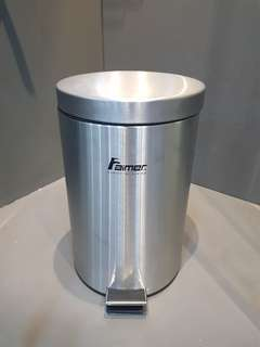 Stairs Steel Dustbin ( 15L )