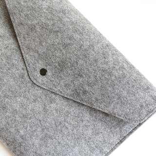 Grey Felt Sleeve Macbook Laptop Sleeve