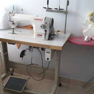 GEMSYsewing machine (Model Gem8900)(industry sewing maching) upgraded with motor