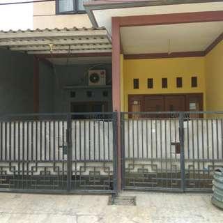 Rumah 2 lantai Minimalis Taman Kebalen