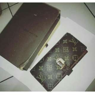 ⚡Preloved⚡ Dompet