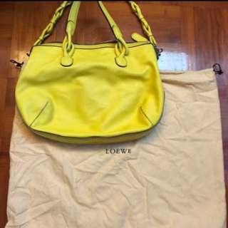 Loewe黃色真皮包 大特價
