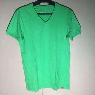 Bench Shirt V-Neck (M)