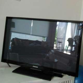 "Samsung tv 42"""