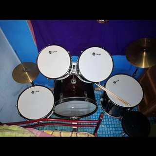 FOR SALE!! ONE SET DRUM