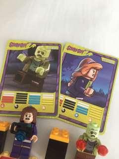 Lego Daphne & Zombie from Scooby-Doo