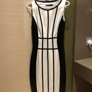🈹️全新未剪牌Karen Millen dress