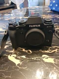 Fuji film XT1 with lense