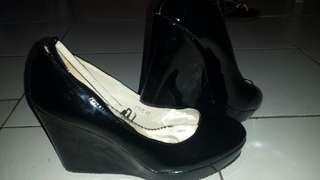 Joyo Black Wedge Gloossy S40 4inchs