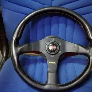 Momo corse steering