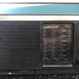 Vintage Radio for Display