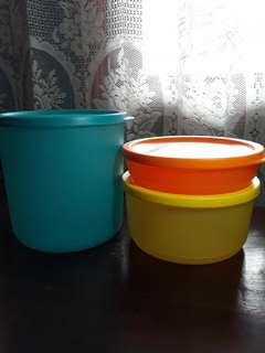 Paket tupperware