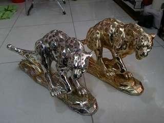 Leopard archa 1 pair.