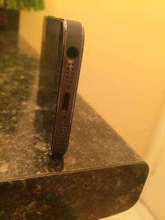 iPhone black 5s