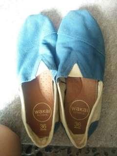 Sepatu wanita WAKAI