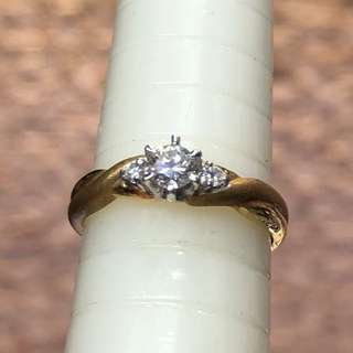 18kt diamond ring