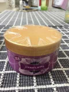 Victoria's Secret Body Butter in Berry Kiss