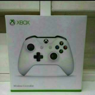 XBOX One/PC Bluetooth Wireless Controller White