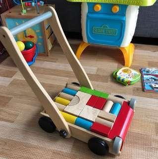 Plan toys Wooden Walker