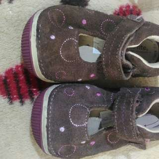 pre loved shoe (stride rite)