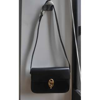 """Vintage""  CELINE Classic Box Bag in Black Leather"