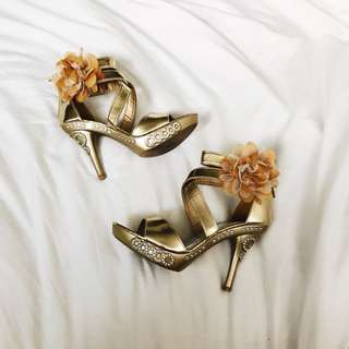 GOLD Colour Heels
